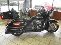 2010 Harley-Davidson FLHTCU Please feel free to contact