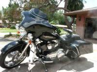 2010 Harley Davidson FLHX Street Glide This touring