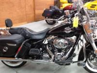 2010 Harley-Davidson Road King Classic Classic Styling