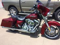 one owner 2010 Streetglide in EX COND low miles with