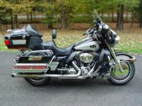2010 Harley Davidson - Ultra Classic - ONE OWNER - this