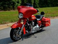 2010 Harley Davidson CVO Street Glide In Beautiful