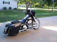 Make: Harley Davidson Model: Street Glide Mileage:
