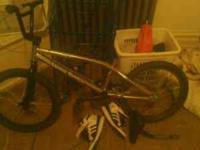 Its a haro backtrail xo k. If you need any info hit me