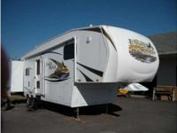 2010 Heartland Eagle Ridge M34RLSA . 34 Foot 5th Wheel