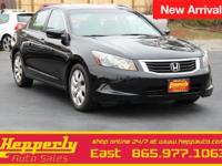 This 2010 Honda Accord EX-L in Crystal Black Pearl