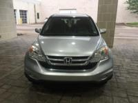 Power Lift Gate, Backup Camera, **CLEAN VEHICLE HISTORY