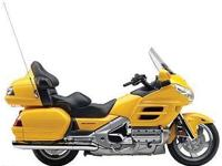 2010 Honda Goldwing - superb condition, extra