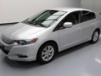 This awesome 2010 Honda Insight comes loaded with the