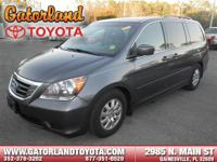 New Arrival! CARFAX ONE OWNER! LEATHER SEATS, 3RD ROW