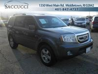4WD! Leather Interior! Heated Front Seats! AM/FM/XM/CD