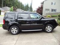 Parents are selling their 2010 Honda pilot touring with