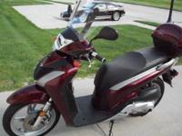 2010 Honda SH150i, Engine: 150cc, 2398 miles, Exterior: