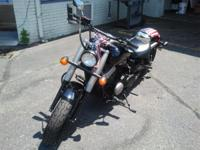 Motorbikes Cruiser 6710 PSN. With a torquey 745 cubic