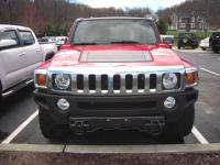 This 2010 Hummer H3T runs and drives great. It has an