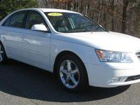 Exterior Color: pearl white, Body: Sedan, Engine: 3.3L