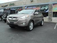 Take command of the road in the 2010 Hyundai Tucson! It