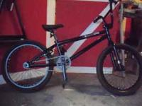 2010 ICON BMX RACING BIKE BLACK WITH SILVER DETAILS 3