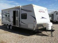 LIKE NEW, 2010 Jayco Jay Flight G2 Model 23 FB. This
