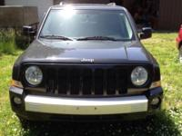 Clean one owner 2010 Jeep Patriot Limited 4x4. Loaded