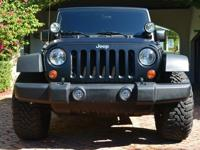 Year: 2010 Interior Color: GrayMake: Jeep Number of