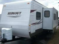 JUST IN,,, 2010 Keystone Hideout 27DBS with Sofa