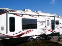 2010 Keystone Fuzion 290BH toyhauler, travel trailer.