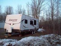 2010 Keystone Sprinter 25RB Travel Trailer 3 burner