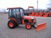 30hp cab tractor with hydro transmission. 73hrs, has