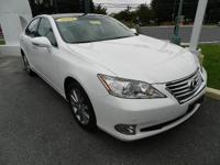 2010 LEXUS ES 350 WITH PANORAMIC ROOF NAVIGATION MARK