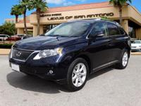 FUEL EFFICIENT 25 MPG Hwy/18 MPG City! CARFAX 1-Owner.