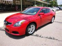 2010 Nissan Altima 2dr Car 2.5 S Our Location is: Wolff