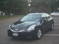 2010 Nissan Altima Hybrid. Initial Owner. Black.
