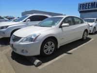 DRIVE FOREVER!! THIS NISSAN ALTIMA HYBRID COMES WITH A