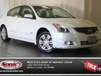 One Owner! Clean CARFAX! Non-smoker! This 2010 Nissan