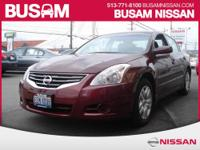 This 2010 Nissan Altima 2.5 offers features and choices