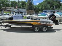 2010 NITRO Z-9 250 OPTIMAX 45 HRS WITH MATCHING TANDEM