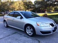 Beautiful 2010 Pontiac G6, 4-Cylinder, Automatic, 116k