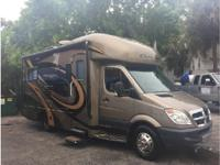 2010 Thor Motor Coach Chateau Citation Sprinter. 2010