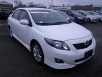 Exterior Color: super white, Body: Sedan, Fuel: