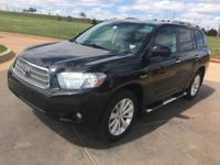 We are excited to offer this 2010 Toyota Highlander