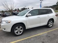 Clean CARFAX. WHITE 2010 Toyota Highlander Limited FWD