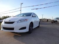 2010 toyota matrix . automatic.  cloth interior.power