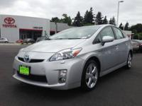 2010 Toyota Prius 5 Door Liftback V Our Location is: