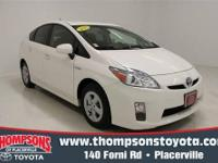 Economic and cost-effective, this 2010 Toyota Prius III