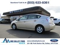 2010 TOYOTA PRIUS 3 HYBRID EQUIPPED WITH PREMIUM JBL