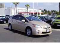 All the right ingredients!! This fantastic Prius is the