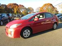 HYBRID, New Arrival! This 2010 Toyota Prius III will