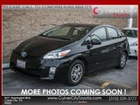 Options:  2010 Toyota Prius Iii|Black|Carfax One