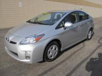 CHECK OUT THIS 2010 TOYOTA PRIUS HYBRID 4dr Liftback